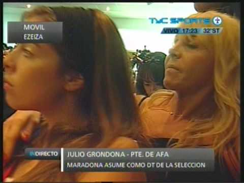 Diego A. Maradona asume como DT de la Selección Argentina