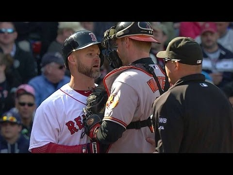 BAL@BOS: Ross exchanges with Norris, benches clear