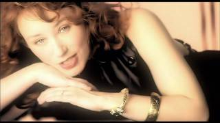 Клип Tori Amos - Sleeps With Butterflies