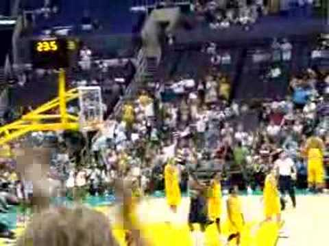 Candace Parker's First WNBA Dunk vs. Indiana Fever 06-22-08 Video