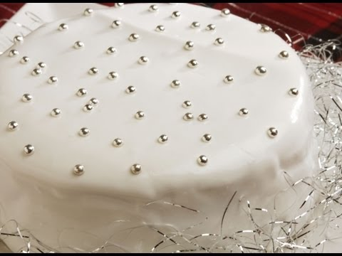 How to Make Vanilla Cake
