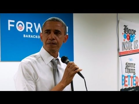 Emotional Obama sheds tears as he thanks campaign team