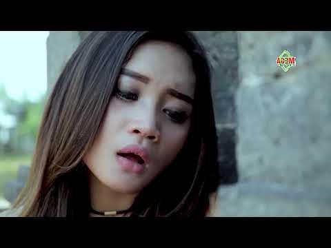 Download Mala Agatha - Aku Tak Biasa Mp4 baru