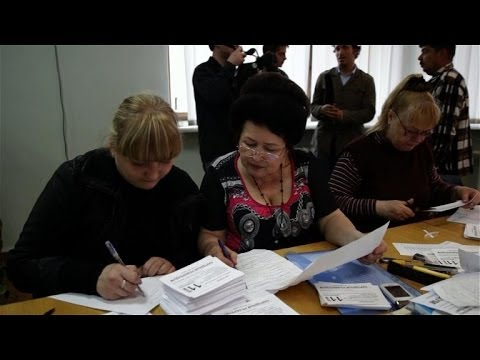 Donetsk prepares for disputed referendum