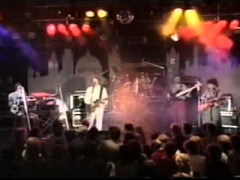 YouTube - Snowy White-Bird of paradise (live).mp4