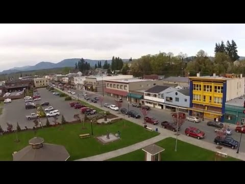 Quick Flight Over Arlington, WA With Quadcopter