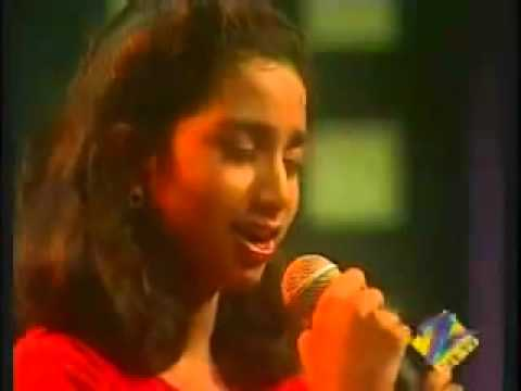 Shreya Ghoshal singing Kuhu Kuhu-Sa Re Ga Ma Pa