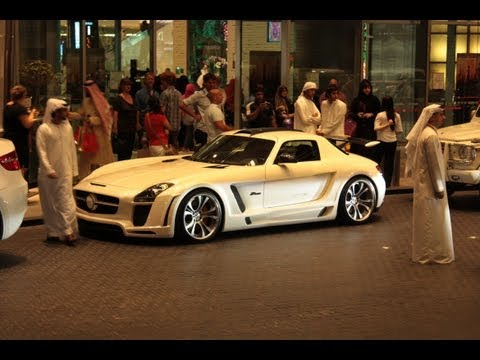 Dubai Supercar traffic