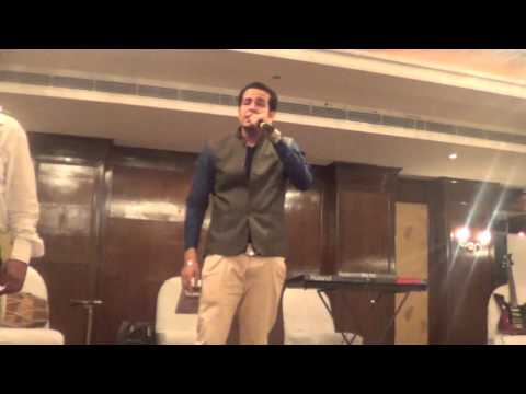 ROHIT KATARIA LIVE singing SONI LAGDI (of sajjad ali)