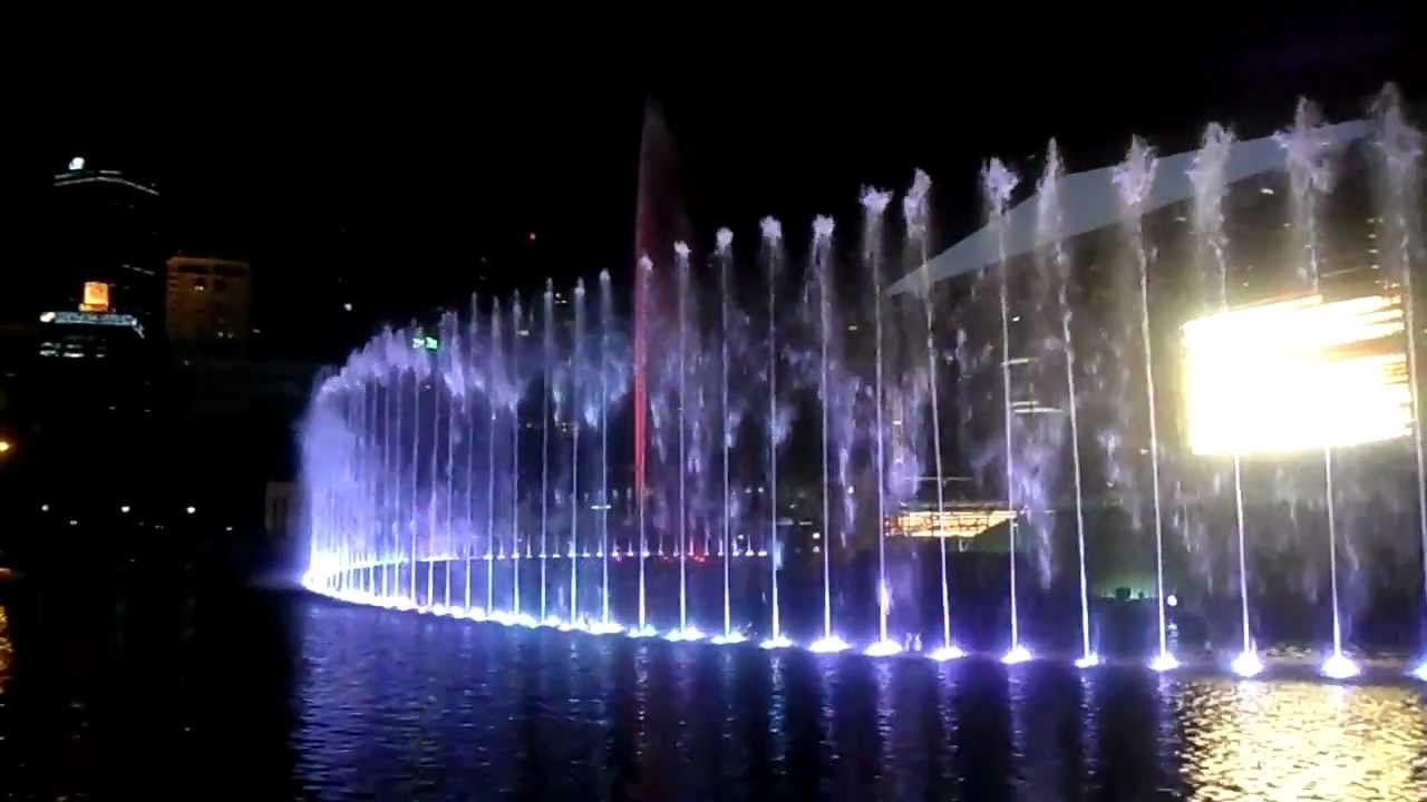 Aarna enjoying water light music dancing fountains at klcc for Indoor water fountain design malaysia