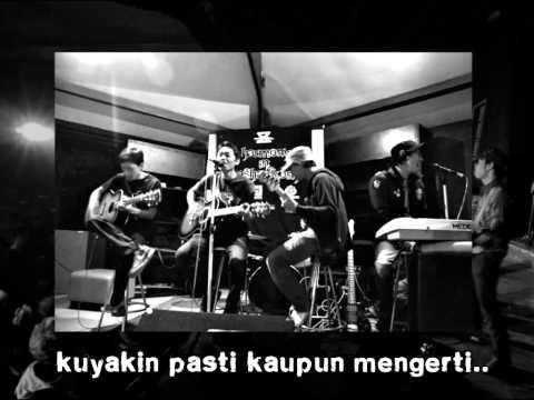 Nudist Island - Menatapmu [official Lyric Video] video