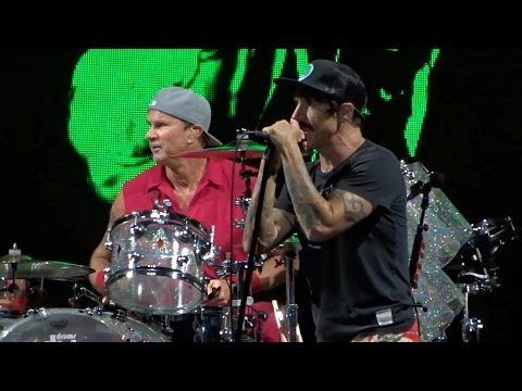 Red Hot Chili Peppers @ Park Live, Moscow 09.07.2016 (Full Show)