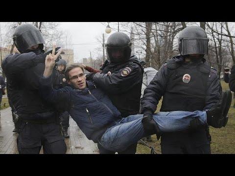 В России состоялась акция «Надоел»