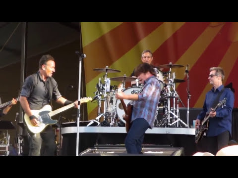 Bruce Springsteen & John Fogerty | Green River - New Orleans - 03/05/2014 (Multicam/Dubbed)