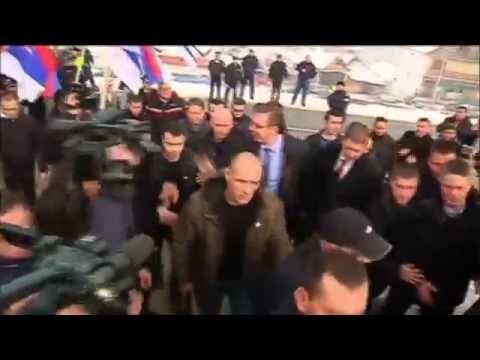 Serbian PM Urges Kosovo Serbs to Stay: Vucic pledges more government help as he visits Kosovo Serbs