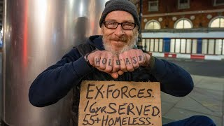 Video: Richard, London, 55-year old, ex-forces war veteren homeless - Invisible People
