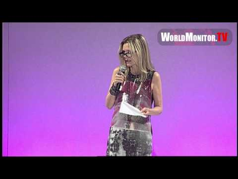 Michelle Pfeiffer speech during Elyse Walker's 8th Annual Pink Party