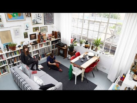 Home tour: Holly's happy warehouse apartment tour