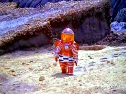The Moon. ЛУНА (1965)(restored color) П.Клушанцев