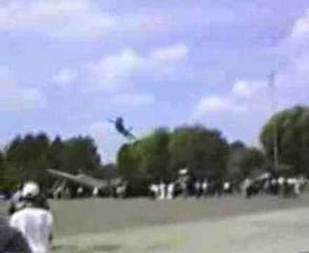 Ukraine Airshow Disaster - Sukhoi Su-27 Crash 3