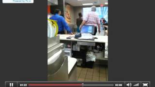 Male threatening staff at burger king in Fl gets taken down