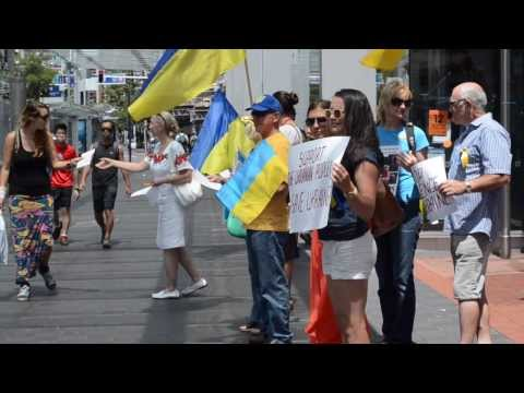 Stop Violence in Ukraine - Protest Action in Auckland 02 February 2014