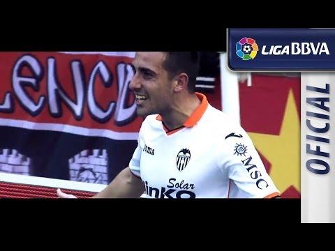 Musical a Paco Alcácer, jugador del Valencia CF
