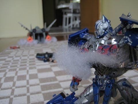 Transformers: Aoe Galvatron Vs Optimus Prime +chicago Chase Scene video