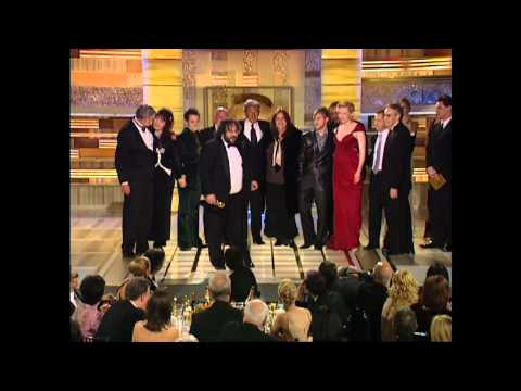 Lord Of The Rings The Return Of The King Wins Best Motion Picture Drama - Golden Globes 2004