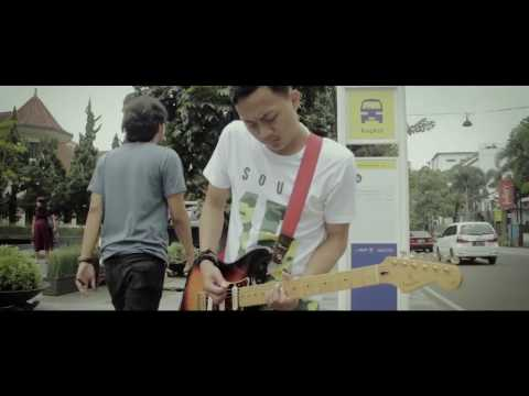 Twinkle and Bad Face - Berakhir (Official Music Video)