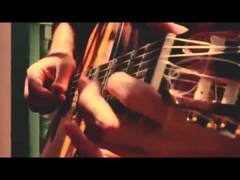 فيديو كليب رائع بمدينة أكادير لأجنبية تغني أغنية زينة لبابيلون