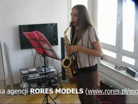 Iga Kowal I Jej Muzyczna Pasja - Demonstracja Gry Na Saksofonie