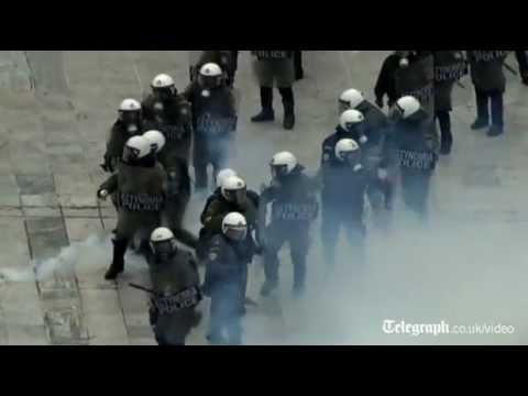 Greece: running street battles erupt in Athens