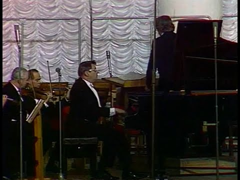 Boris Tchaikovsky plays Boris Tchaikovsky Piano Concerto - video 1979