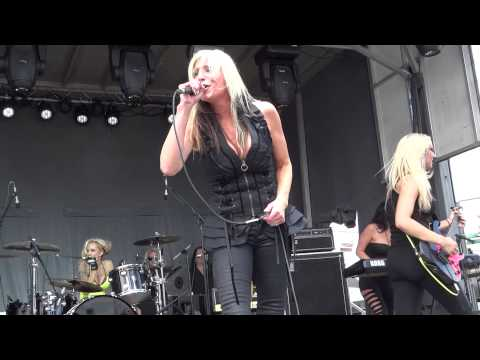 FEMME FATALE Waiting For The Big One cam'd by RANDY GILL Monsters Of Rock Cruise 2013