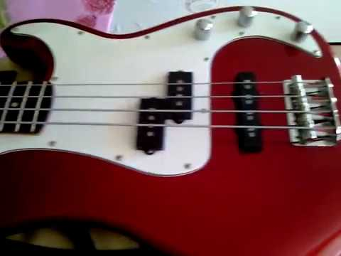 Squier Precision Bass Guitar by Fender/Standard Special(Apple Candy Red)