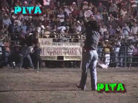 Los Destructores En La Feria Del Limón 2010 De Tecoman, Colima [Beny Gutierrez vs Justicieron]