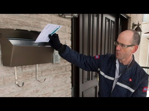 Canada Post drops lockout threat