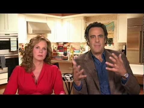 Red Carpet Report Interview w/ Elizabeth Perkins & Brad Garrett #HowToLive @HowToLiveABC