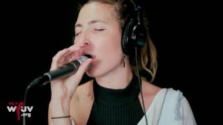 "Warpaint - ""Whiteout"" (Live at WFUV)"