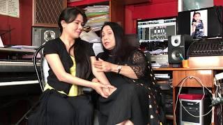 Hai mẹ con tâm sự về chuyện đời chuyện nghề (Ns Bạch Tuyết & Ns Thanh Ngân)