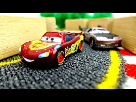 #Игробой Глеб и ГОНКИ на машинах 🏁 Мак везет #ТАЧКИ на Гонки 💨 Молния Маквин: Мультик про Машинки