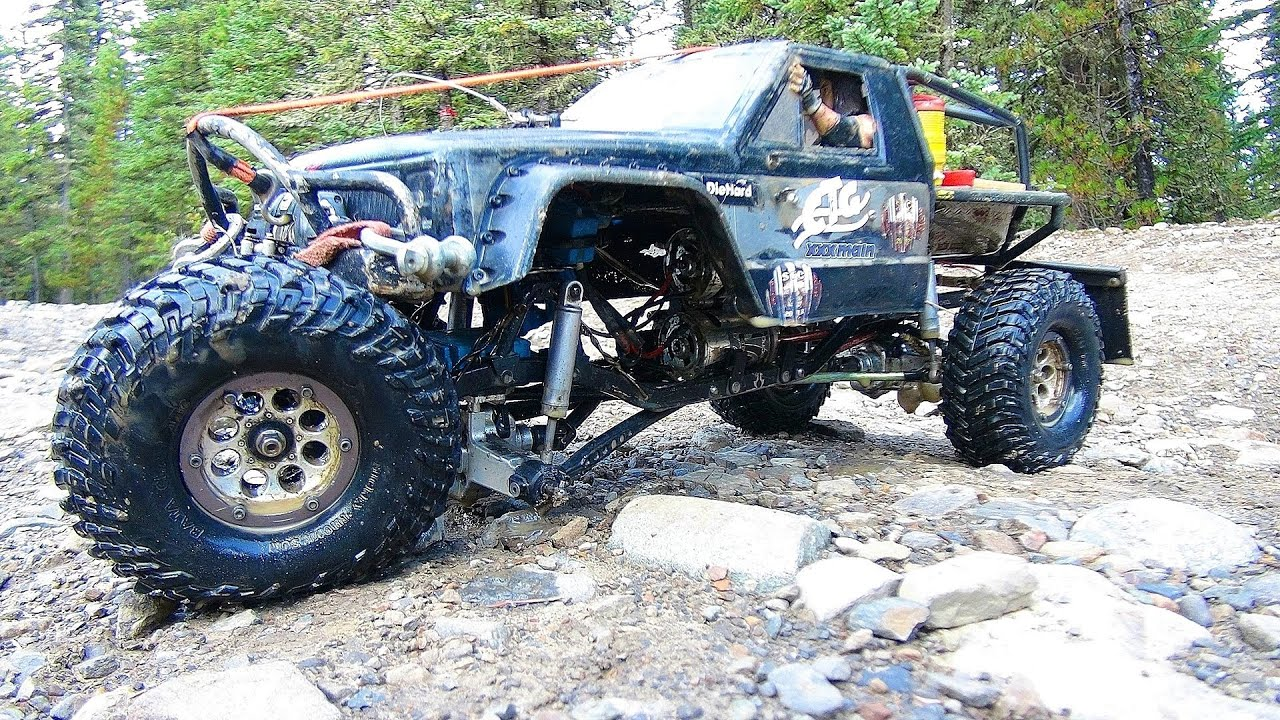 rc 4x4 mud trucks with Watch on 26 Pics Of Trucks Stuck In The Mud moreover 84 Chevy Short Bed C20 K20 039 Mericah Edition Custom Lifted Mud Bog Truck 1012039 additionally 409194316114916457 further Trad6804 additionally Watch.