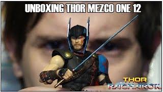 Sacando de la Caja a THOR MEZCO TOYS / ONE : 12 UNBOXING