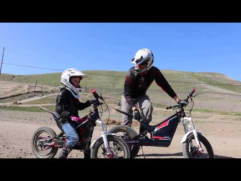 2014 Oset Electric Motorcycles: Fun For the Whole Family