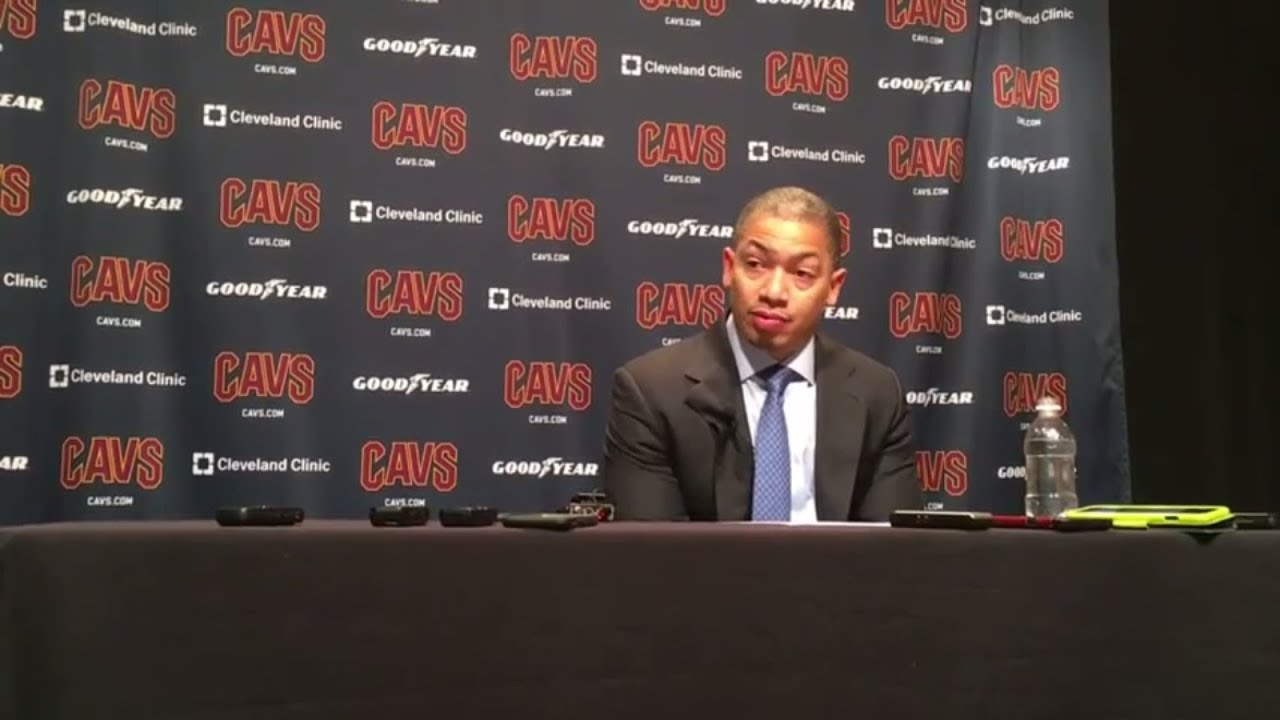 Tyronn Lue says Cavs are overlooking some opponents after loss to Hawks | ESPN