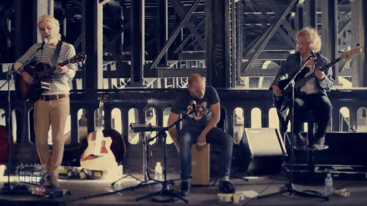 Biffy Clyro - Mountains   Acoustic Guitar Tutorial - YouTube