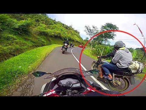Video Modus Begal saat dijalan Hati hati   Harus Tau supaya aman   ninja 250 guntur wibowo