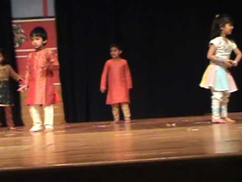 Dhruv Performing Ghode Jaise Chaal video