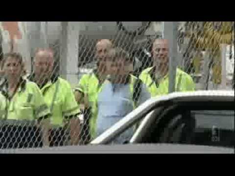 Qantas Job Losses - News segment 7 00pm ABC News